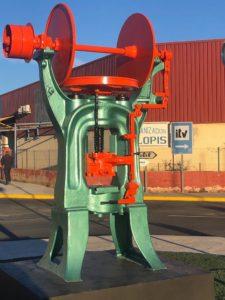 Prensa de fricción para la forja de latón AESA